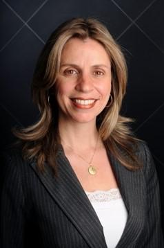 Ana Claudia Silva Scalquette